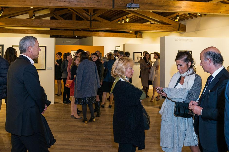 Galleria Espositiva Ferragamo presso Il Borro Da Mantegna a Warhol Storie di vino 22